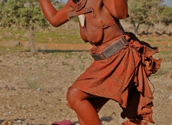 Himba-Tribe-copyright-photographers-on-safari-com-6950