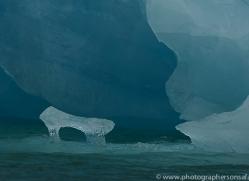 iceberg-copyright-photographers-on-safari-com-7790