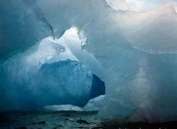 iceberg-copyright-photographers-on-safari-com-7791