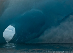 iceberg-copyright-photographers-on-safari-com-7794
