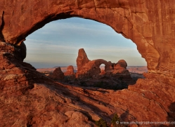 landscapes-moab-2202-copyright-photographers-on-safari-com